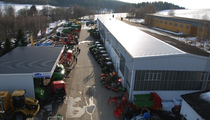 Plac ARNEUBA Landtechnik und Fahrzeuge GmbH