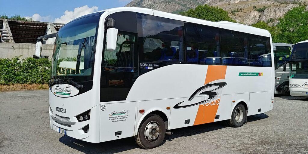 autokar turystyczny ISUZU NOVO ULTRA