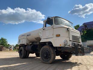 autocysterna IFA L 60 1218 4x4 DSK
