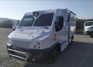 ciężarówka bankowóz IVECO Daily  70 C17