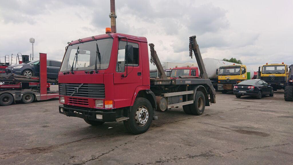 ciężarówka bramowiec VOLVO Fl 7