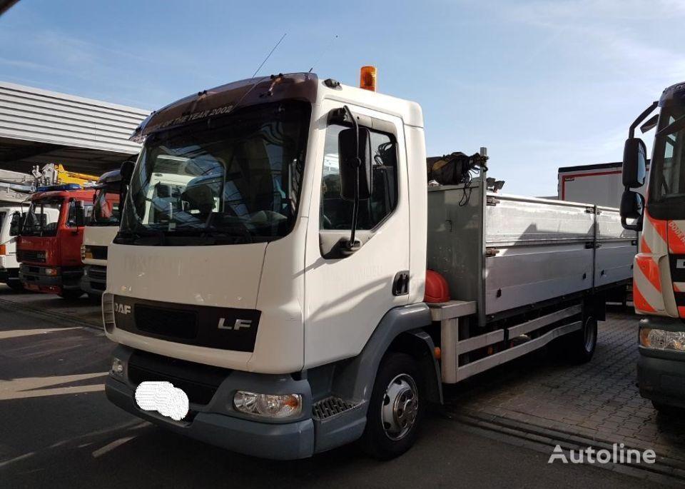ciężarówka burtowa DAF AE 45 LF