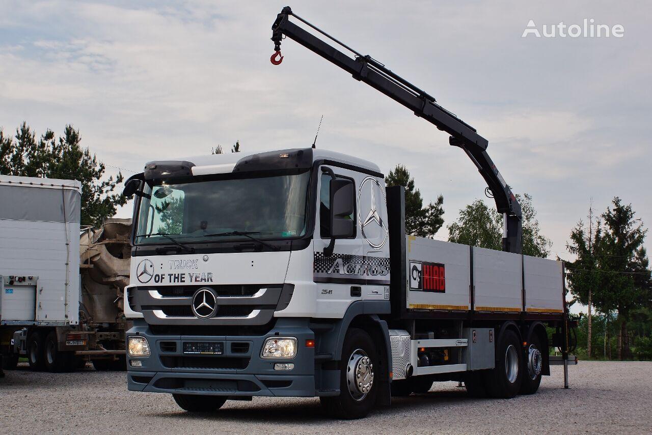 ciężarówka burtowa MERCEDES-BENZ ACTROS 2541 MP3 6X2 + CRANE HIAB +RADIO  / 6,9m x 2,5 m * PERFEC