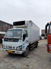 ciężarówka chłodnia ISUZU