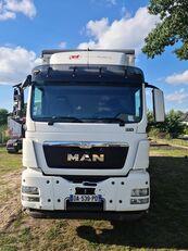 ciężarówka do przewozu bydła MAN TGS 35 440  8x4