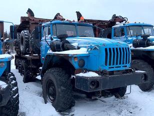 ciężarówka do przewozu drewna Уралпромтехника Уралпромтехника 59601В