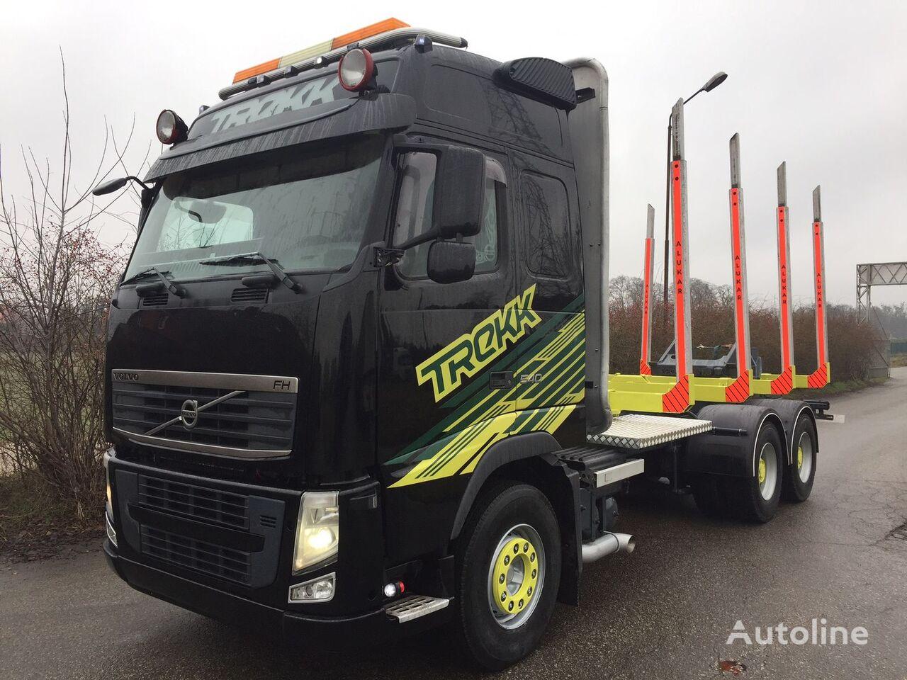 ciężarówka do przewozu drewna VOLVO FH13 540