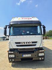 ciężarówka do przewozu drobiu IVECO STRALIS 420 One Day Old Chicks Transport