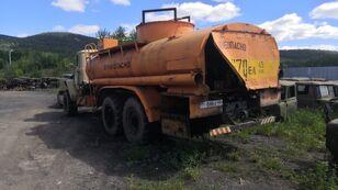 ciężarówka do przewozu paliw URAL 4320