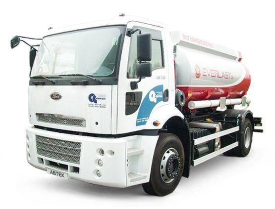 nowa ciężarówka do przewozu paliw FORD Trucks 1833 DC
