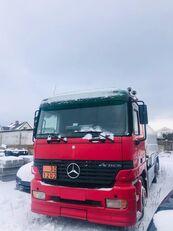 ciężarówka do przewozu paliw MERCEDES-BENZ Actros 2550