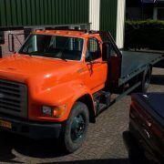 ciężarówka do przewozu samochodów FORD F800