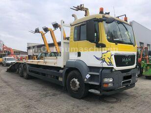 ciężarówka do przewozu samochodów MAN TGS 26.360 6x2 Járműszállító Csörlővel és Rámpával
