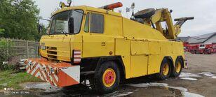 ciężarówka do przewozu samochodów TATRA 815