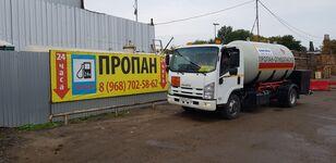 ciężarówka do transportu gazu ISUZU