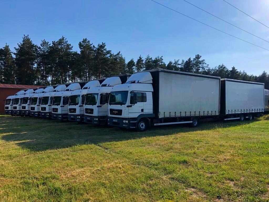 ciężarówka firanka MAN  12.250 + przyczepa firanka