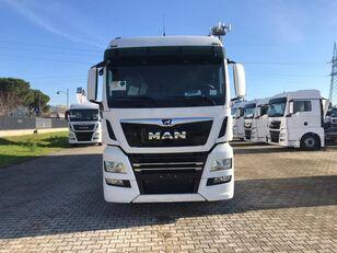 ciężarówka furgon MAN TGX 26.470 LAMBERET