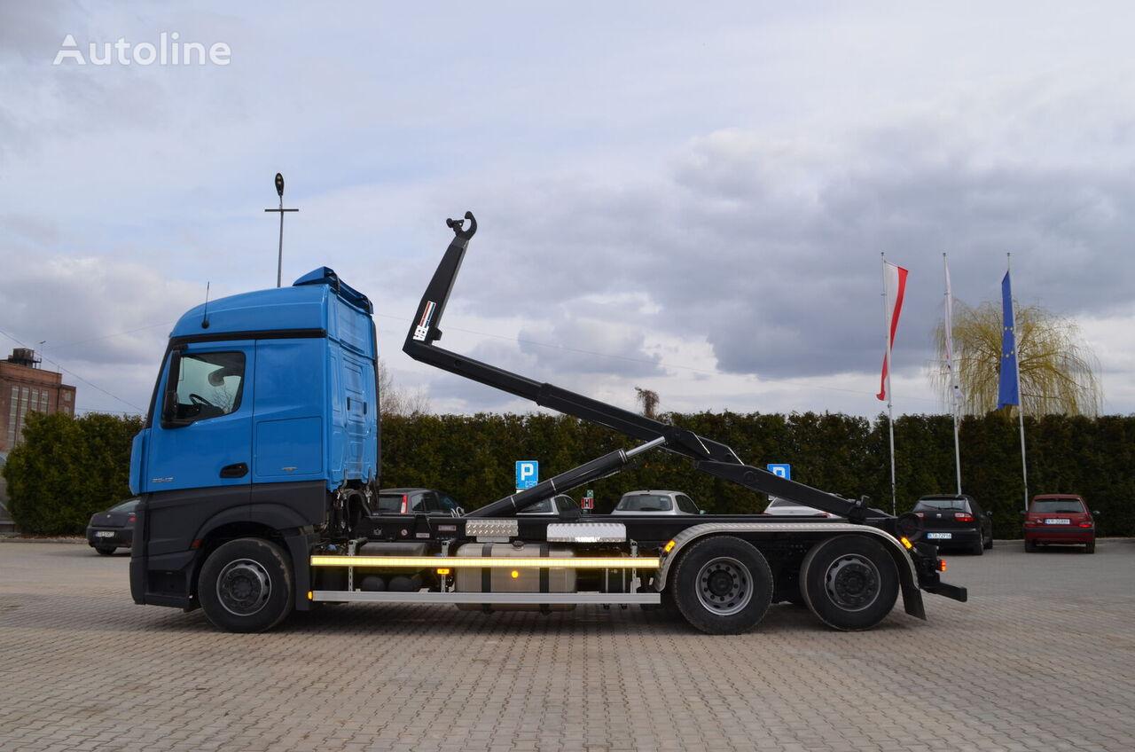 ciężarówka hakowiec MERCEDES-BENZ Actros 2542L