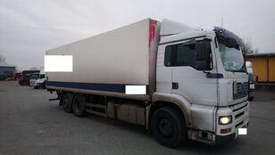 ciężarówka izoterma MAN 26 360