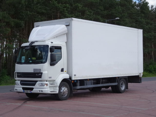 ciężarówka izoterma DAF LF 55.280