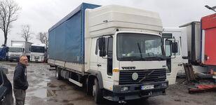 ciężarówka plandeka VOLVO FL6 15