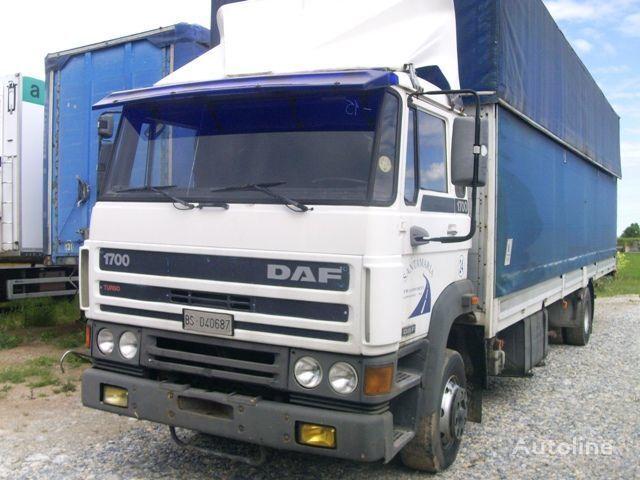 ciężarówka plandeka DAF 1700