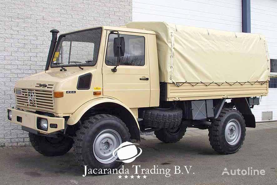 ciężarówka plandeka MERCEDES-BENZ UNIMOG 1300