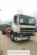 ciężarówka podwozie DAF CF85 380 left hand drive manual pump 6X2 26 ton 637422 Km!