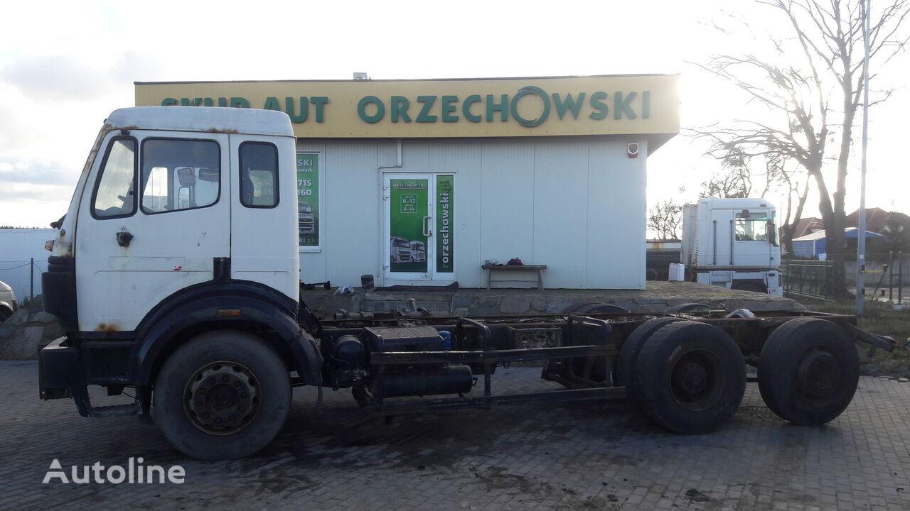 ciężarówka podwozie MERCEDES-BENZ 2524 L SK