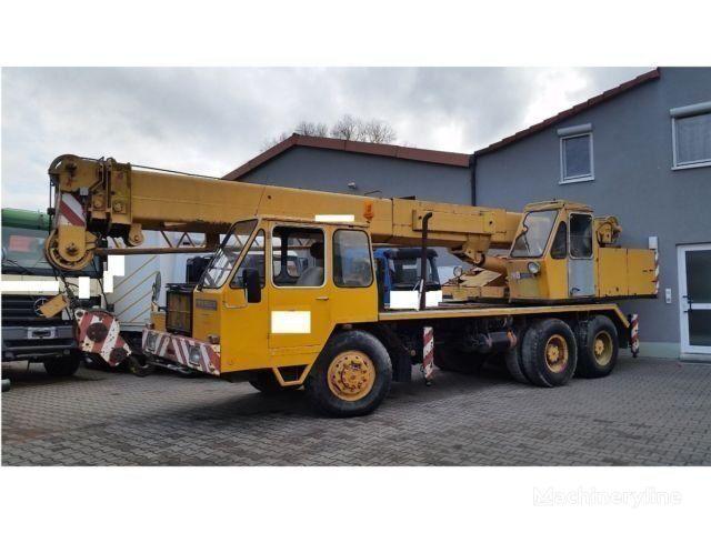 żuraw samojezdny LIEBHERR LT1025-25t-Allrad 33 m 2x Seilwinde Kranwagen