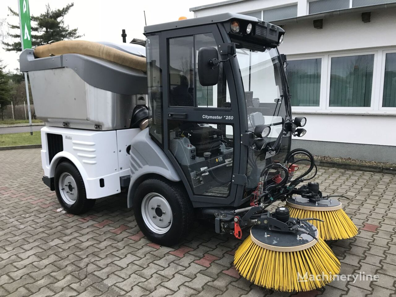 Used Street Sweepers for Sale