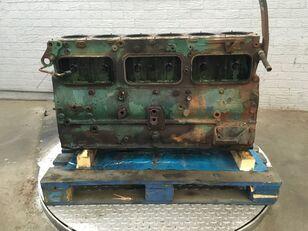 ciągnik jednoosiowy VOLVO F12 TD123ES