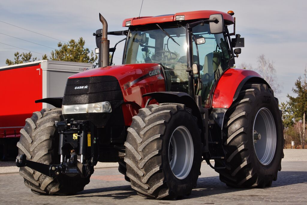 ciągnik kołowy CASE IH PUMA 210 MULTICONTROLER 2 xPTO PERFECT CONDITION ! I reg. 2011 !