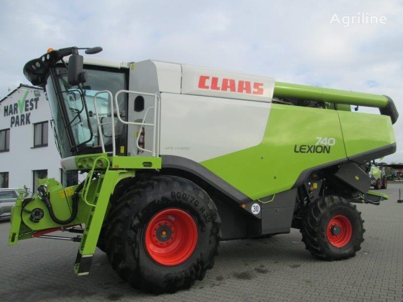 kombajn CLAAS Lexion 740