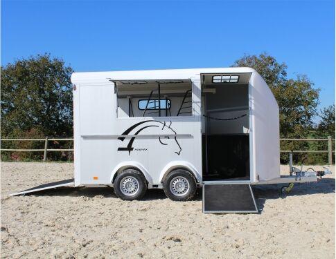 nowa przyczepa do transportu koni Cheval liberte MINIMAX