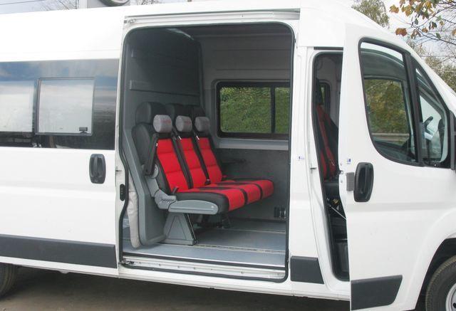 nowy dostawczy/pasażerski minibus FIAT Ducato Universal Transformer 2 in 1